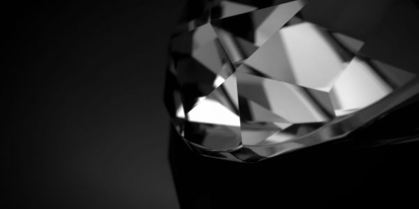 Image of a sparkling diamond | W8 Advisory | Wealth Management for high net worth individuals
